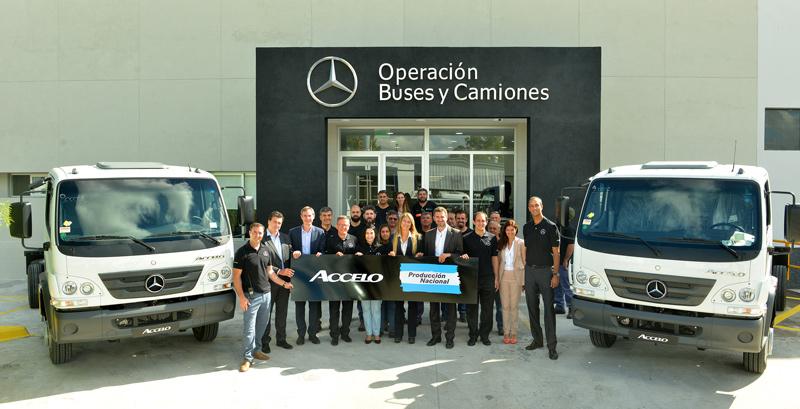 Mercedes-Benz Argentina realizó el lanzamiento industrial del camión Accelo que ahora se produce en el Centro Industrial Juan Manuel Fangio.