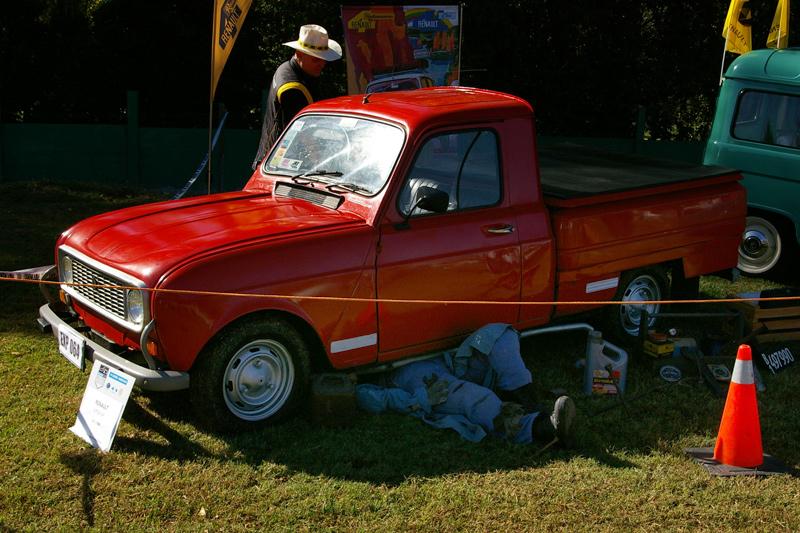 Restauradores del Renault 4